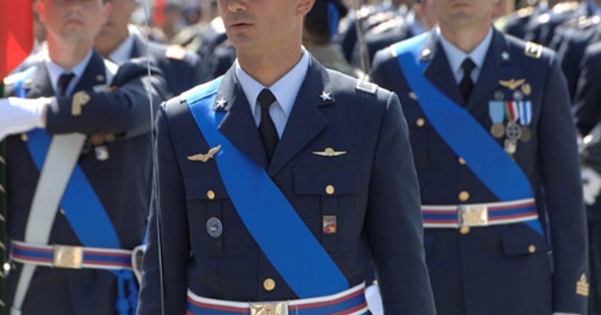 Concorso 4 Sottotenenti SP RS Corpo Sanitario Aeronautico 2017 – Bando