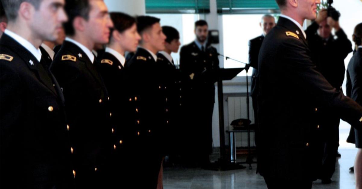 Concorso 3 Sottotenenti SP RS Corpo Sanitario Aeronautico 2019 - Bando