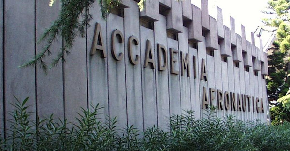 Concorso Accademia Aeronautica 2019: tutte le informazioni sulle date e le prove del concorso